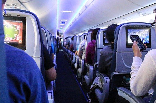 szum wnętrza samolotu do snu