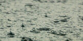 szum deszczu do snu dla dzieci