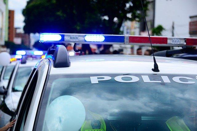 dźwięk syreny policyjnej do zasypiania